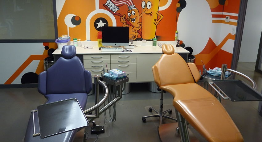 nettoyage-chaises-salle-attente-cabinet-medical-entreprise-montpellier